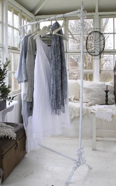 www gardsromantik se Klädställning vintage vitt Jeanne d u00b4Arc Living
