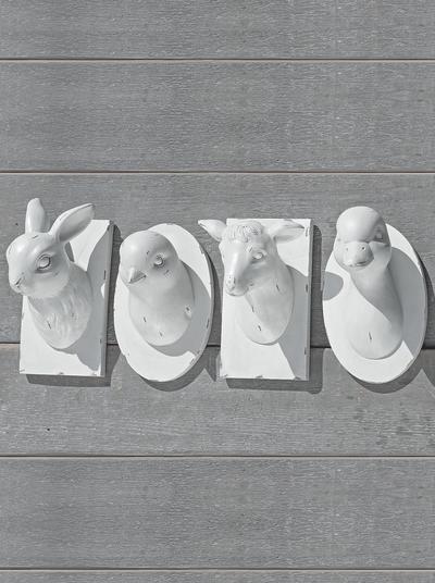 Dekorativa söta vita djurhuvuden shabby chic lantlig stil