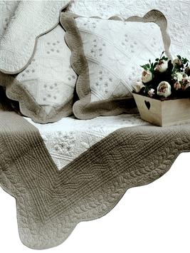 Överkast vit mullvadsgrå broderi vågad kant vackert broderat quilt mönster 2 storlekar shabby chic lantlig stil