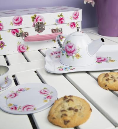 Picknick väska barnservis i blommig plåt shabby chic lantlig stil