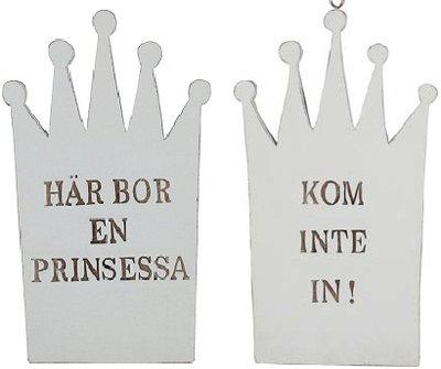 Träskylt Här bor en prinsessa