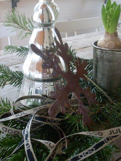 Stor julgran i Fattigmanssilver
