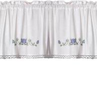 Kappa gardinkappa metervara vit med blått rosbroderi korsstygn spets shabby chic lantlig stil