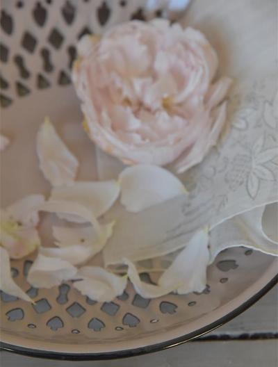 Gammaldags fat ljusrosa rosa emaljerad Lantlig Romantik shabby chic
