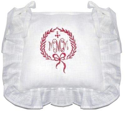 Stolsfodral kjol vitt rött broderi shabby chic lantlig stil