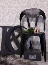 Industristol i svart järn handgjord från Jeanne darc living