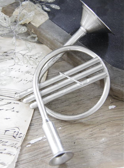Trumpet Valthorn Jeanne d´Arc Living shabby chic lantlig stil