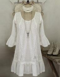 Klänning tunika vit broderad med spets Jeanne d´Arc Living