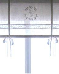 Hissgardin monogram och spets vit