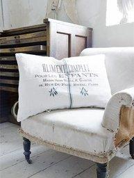 Kudde i vitt lin Aliment Complet - Jeanne D' Arc Living shabby chic lantlig stil.