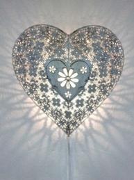 Vägglampa hjärtlampa lampa hjärta vit  shabby chic lantlig stil