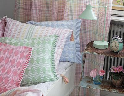 Kuddfodral rips Ditte ljusblå Underbara Claras favorit Nyblom Kollén shabby chic lantlig stil
