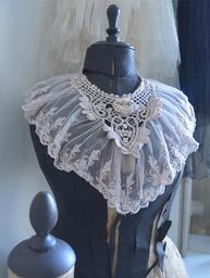 Romantisk krage spets vintage shabby chic lantlig stil
