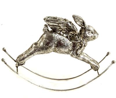 Gunghäst Hare i silver med vingar