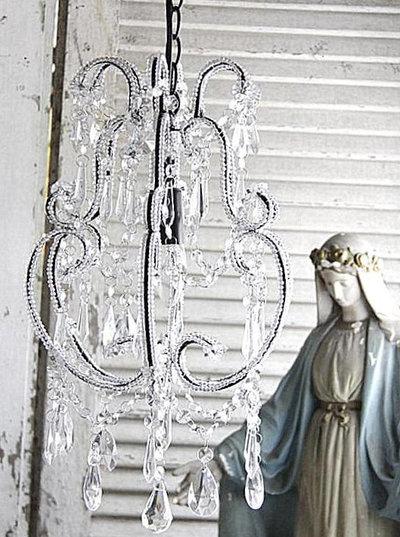 Chandelier takkrona glasprismor 2:a sortering shabby chic lantlig stil